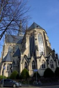 Sicht auf die St.-Josefs-Kirche aus Richtung Schenkendorfstraße