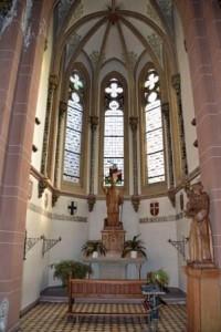 Bonifatiuskapelle und Figur des Hl. Antonius